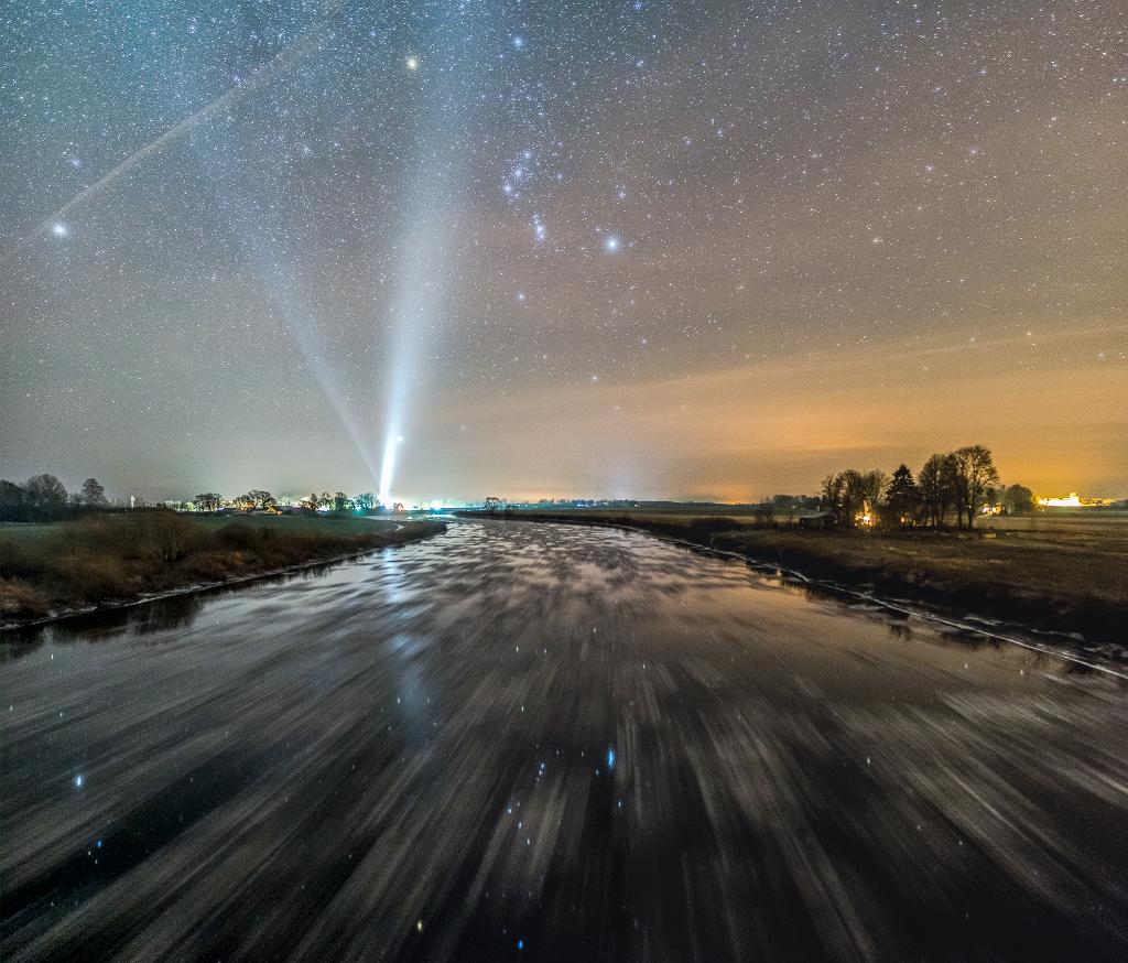 Un río frío con Orión