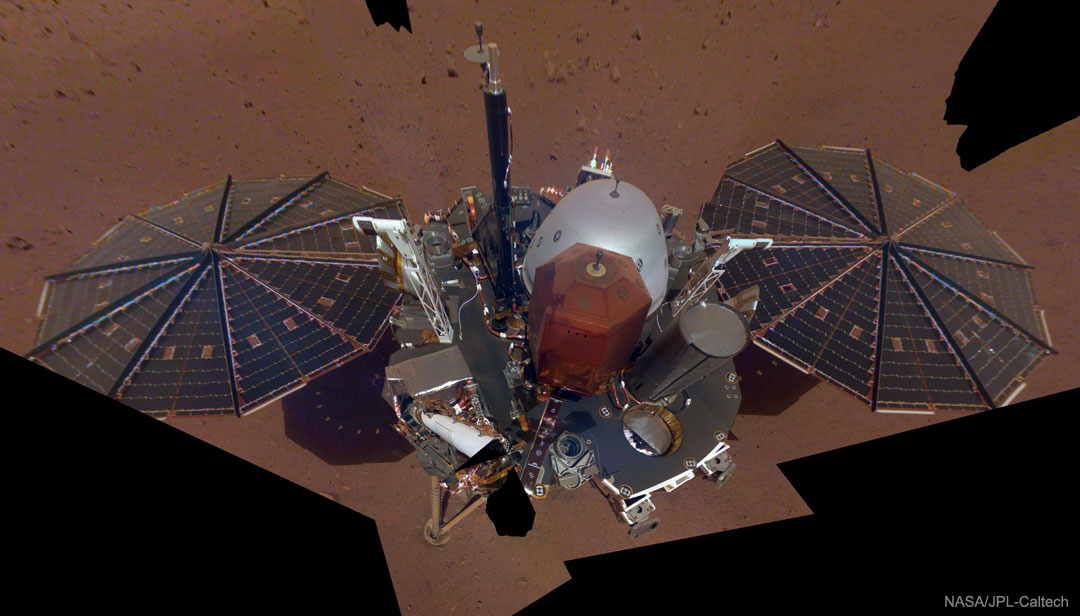 InSight Lander Takes Selfie on Mars