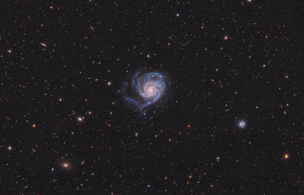 Una vista hacia M101