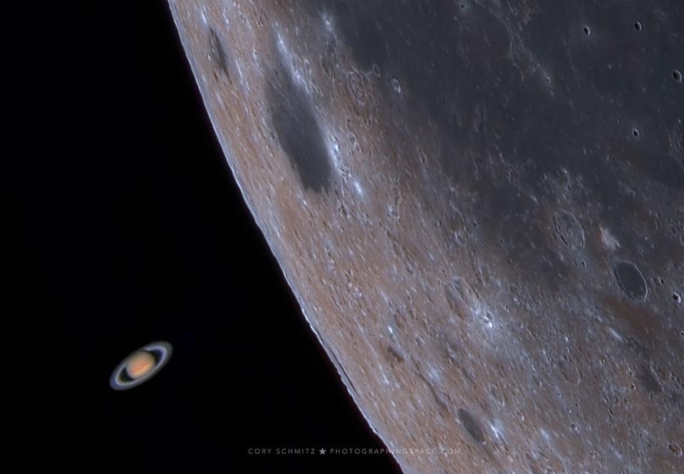 Zákryt Saturnu Měsícem