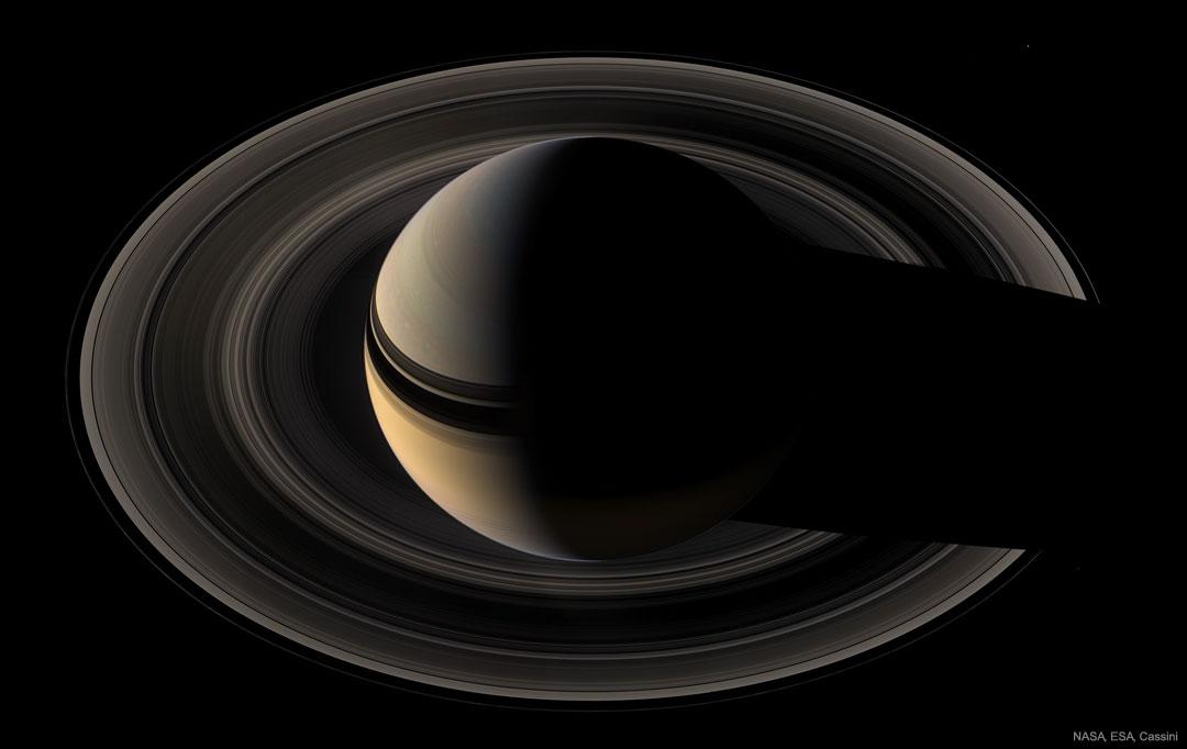 Srpek Saturnu