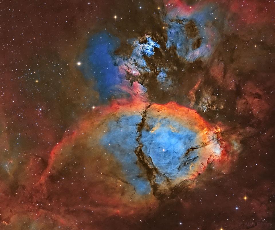IC 1795: la nebulosa cabeza de pez