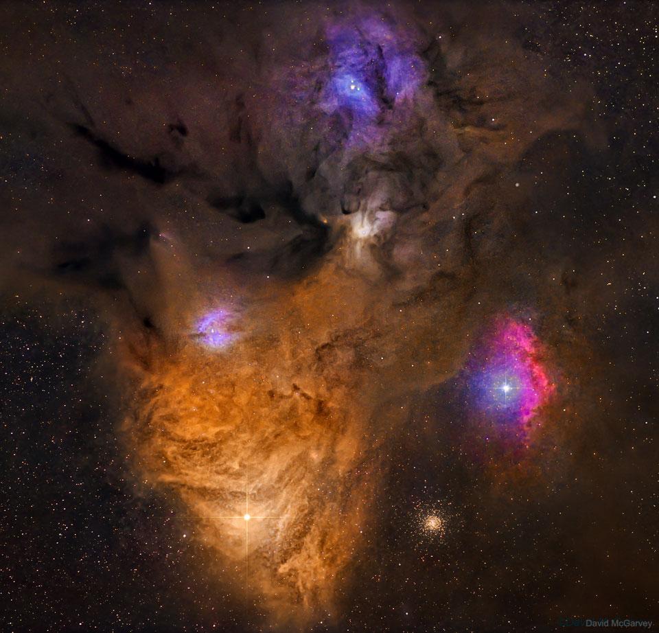 Polvo oscuro y nubes coloridas cerca de Antares