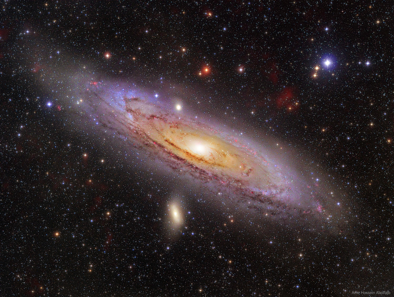 APOD: 2019 September 9 - M31: The Andromeda Galaxy