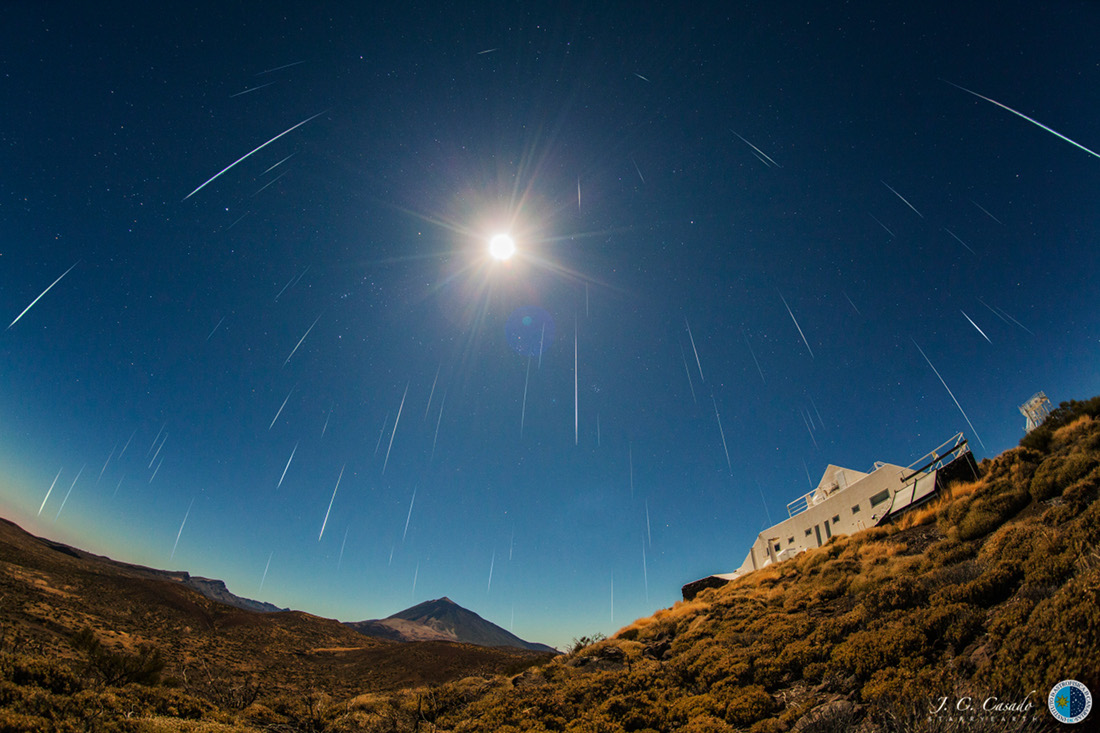 Full Moon Geminids