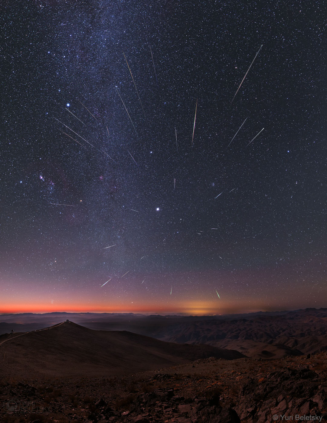 APOD: 2019 December 8 - Geminid Meteors over Chile