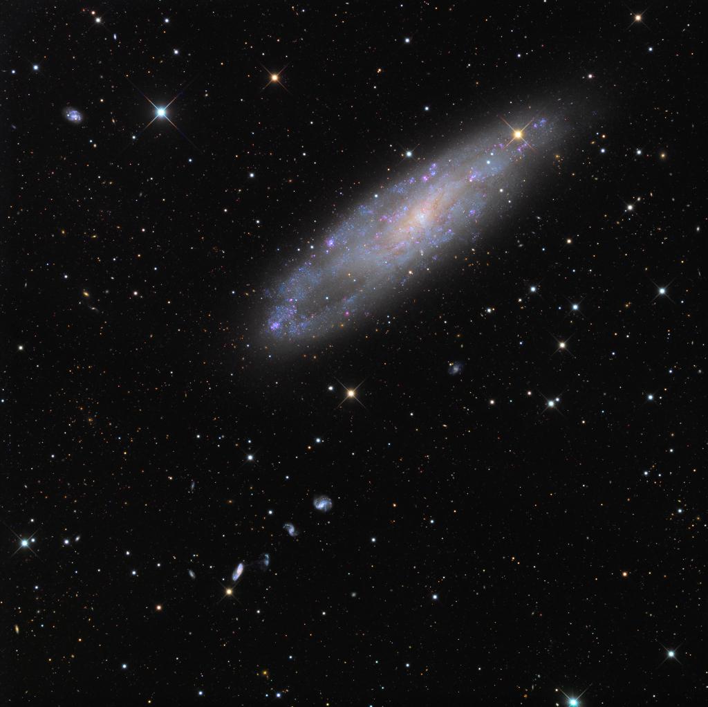 NGC 247 a přátelé
