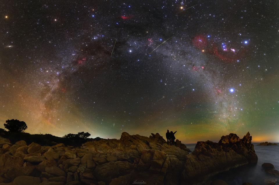 Noční obloha na Sardinii