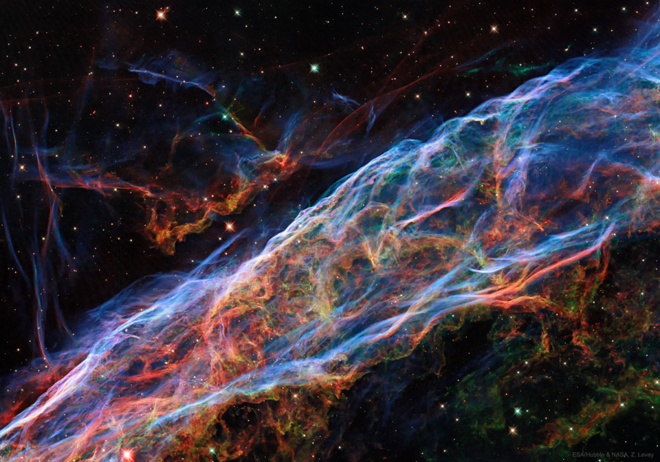 Veil Nebula: Wisps of an Exploded Star