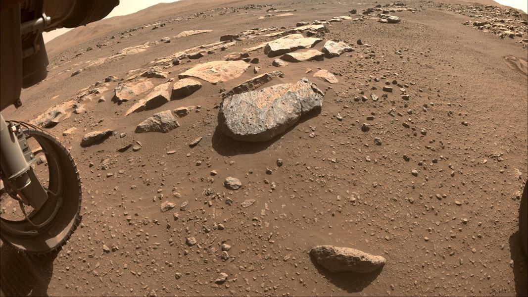 每日星空:火星岩石岩石
