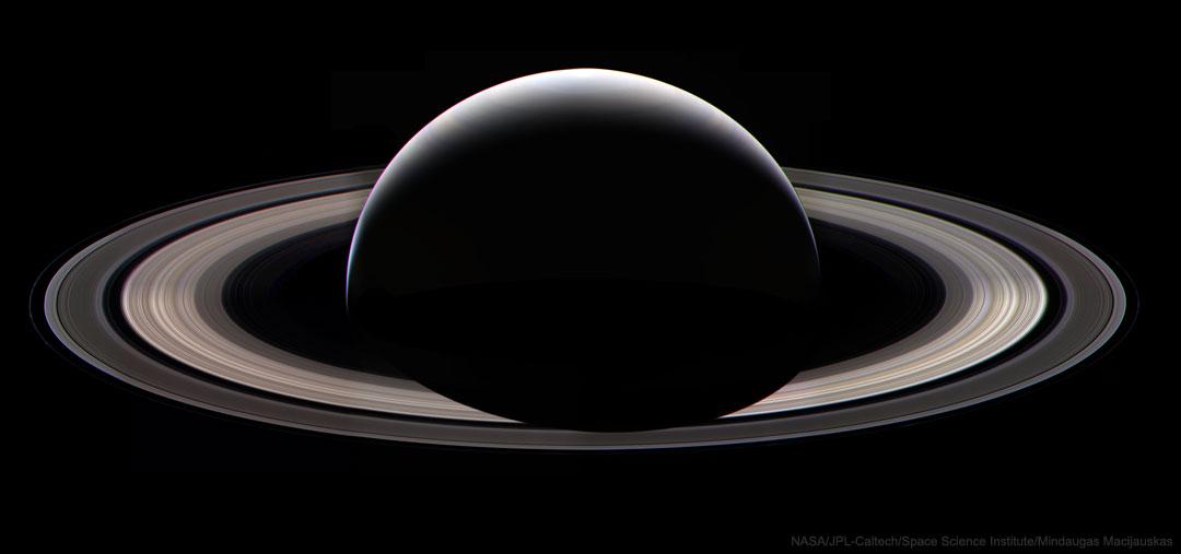 每日星空:土星在晚上