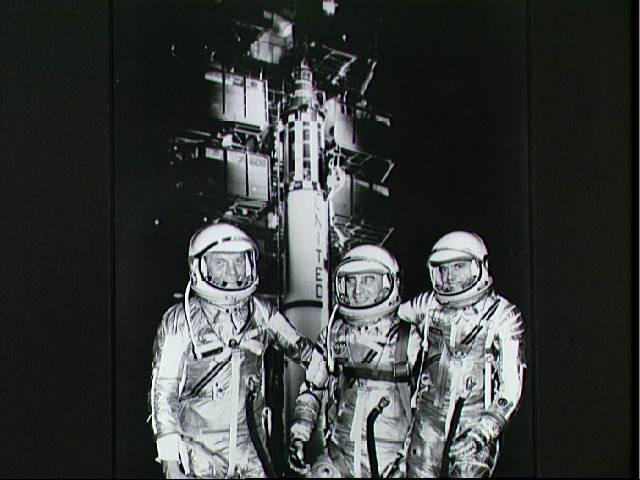 Los astronautas del Mercury y un Redstone