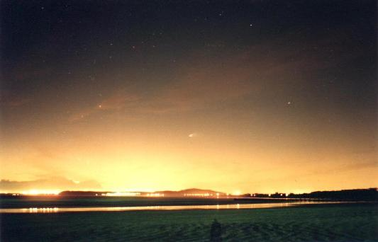 Hale-Bopp: Encumbrándose en los Cielos Australes
