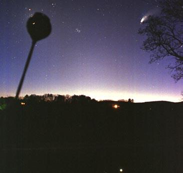 Una Triple Corona Hale-Bopp