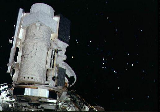 Astro 1 en órbita
