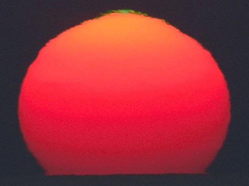 Un destello verde desde el Sol