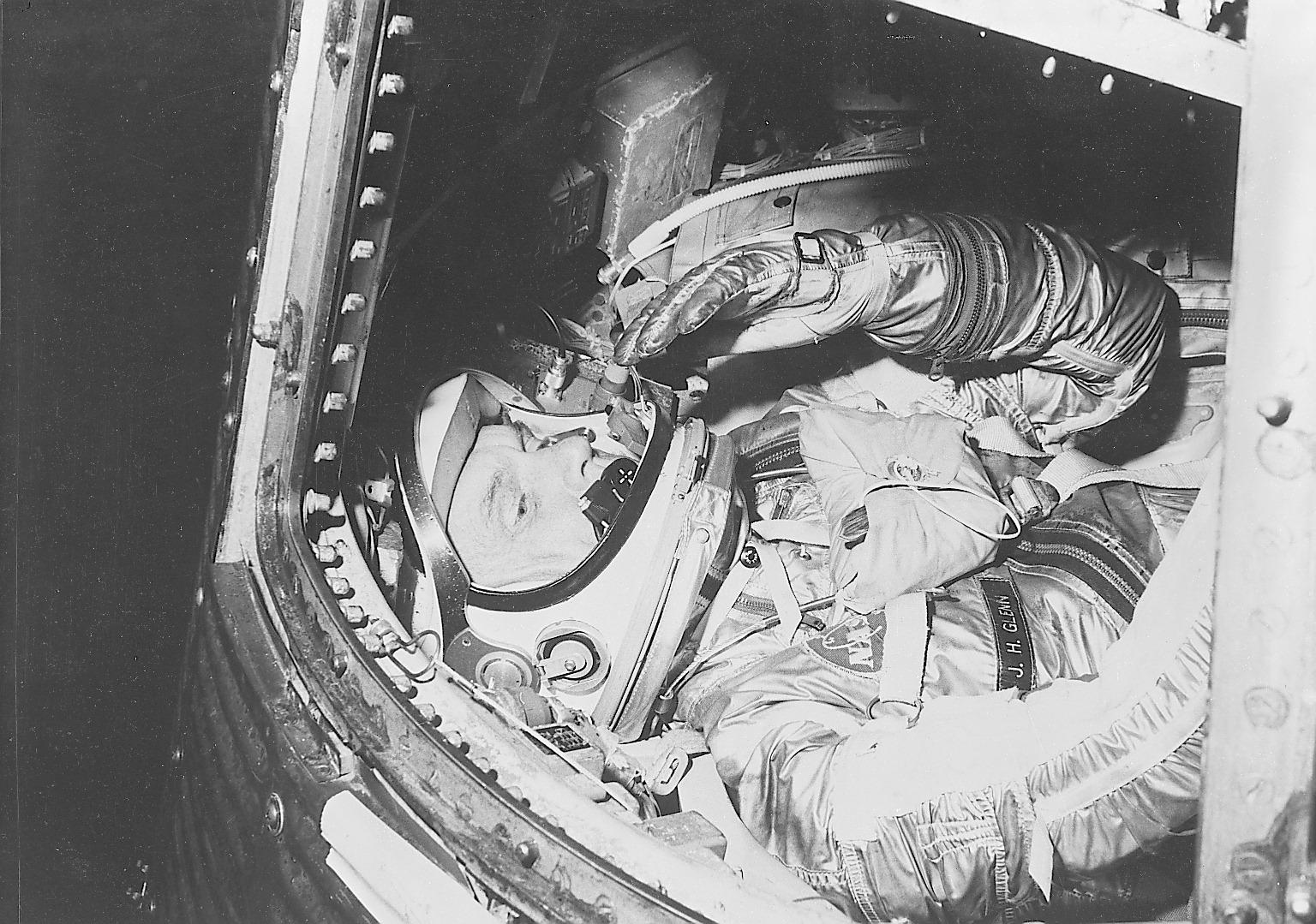 friendship 7 spacecraft take off - photo #28