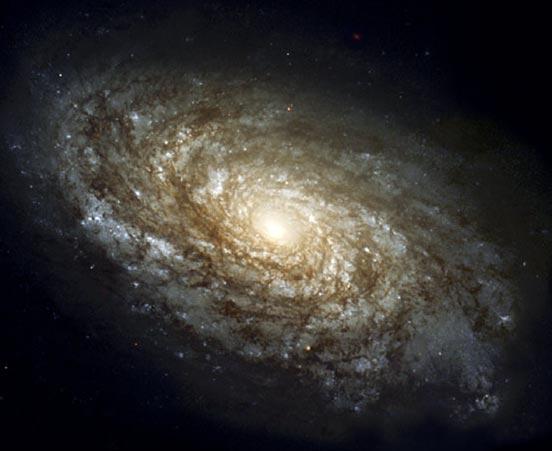 NGC 4414: una espiral magnífica