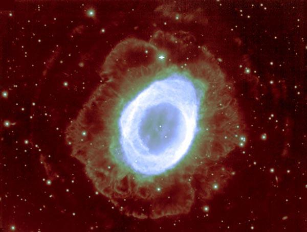 Halos alrededor de la nebulosa del anillo