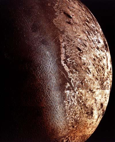 Tritón: la mayor luna de Neptuno
