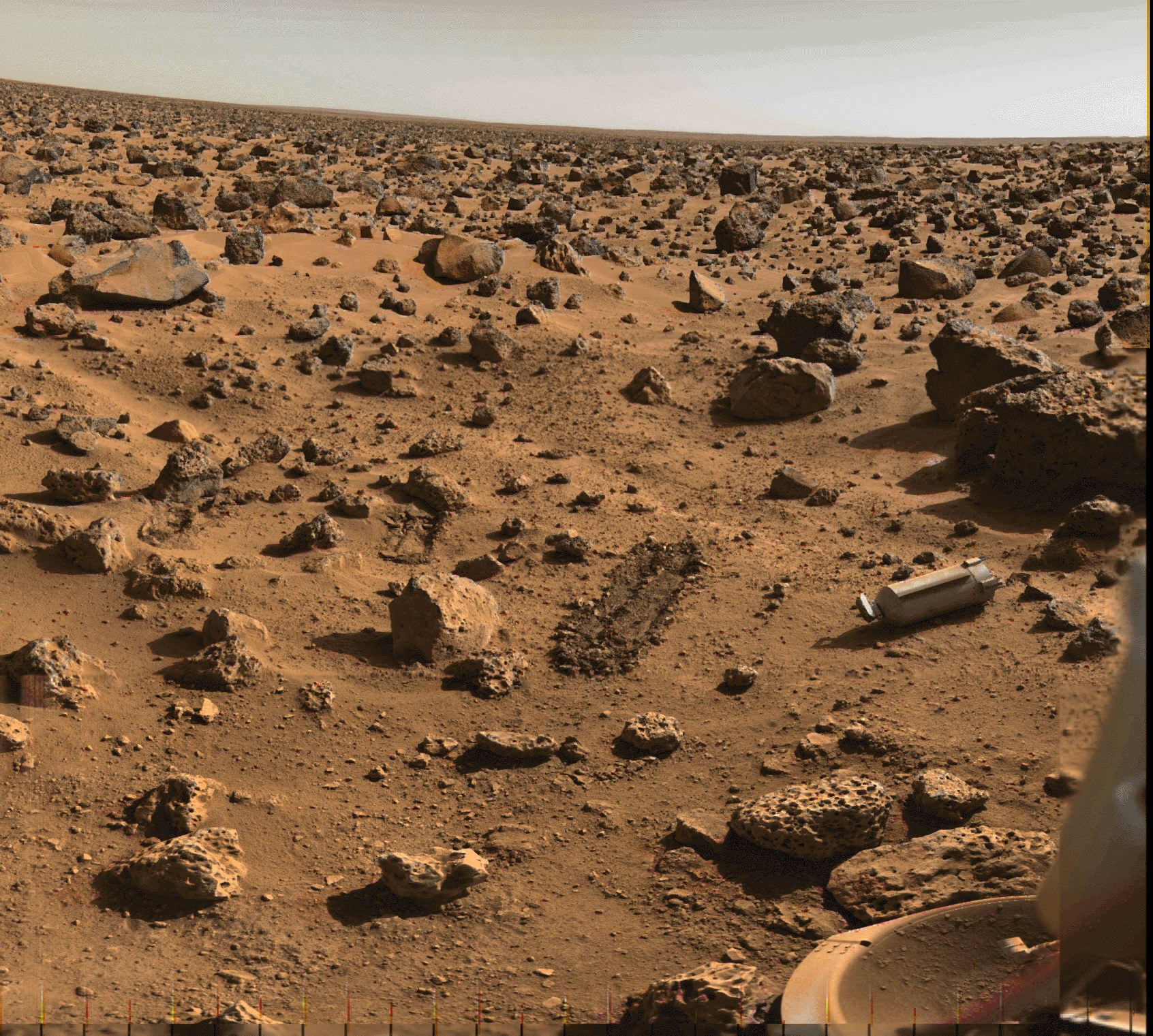 APOD: July 22, 1996 - Utopia on Mars