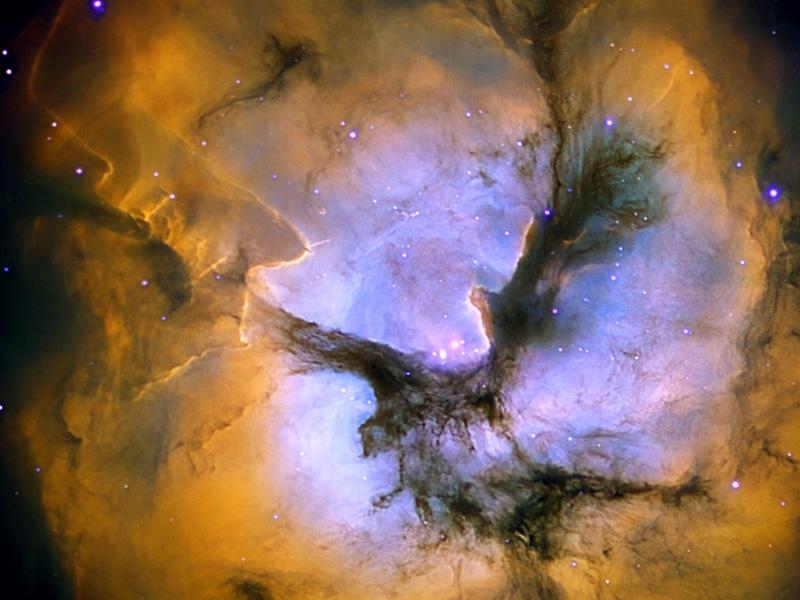 Astronomie - Page 3 Trifidcenter_lopez