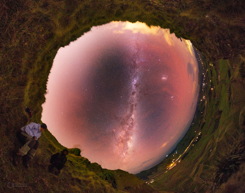 A Sky Portal in New Zealand  -  To some, it may look like a portal into the distant universe.