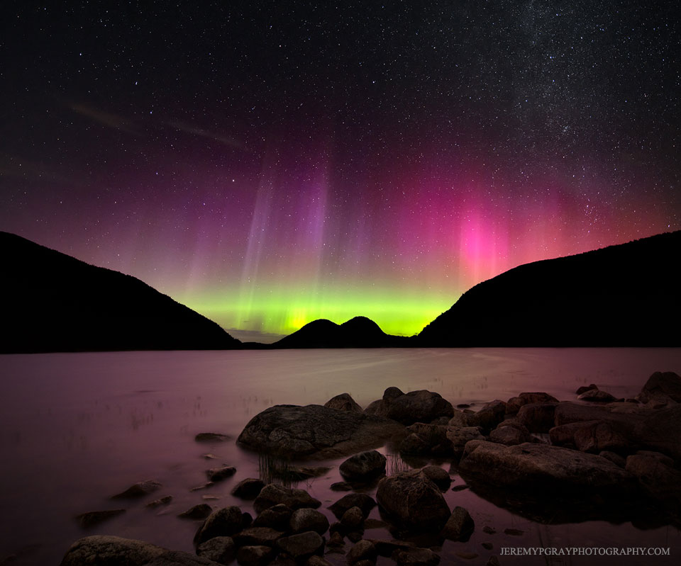 Aurora over Maine   -  It has been a good week for auroras.