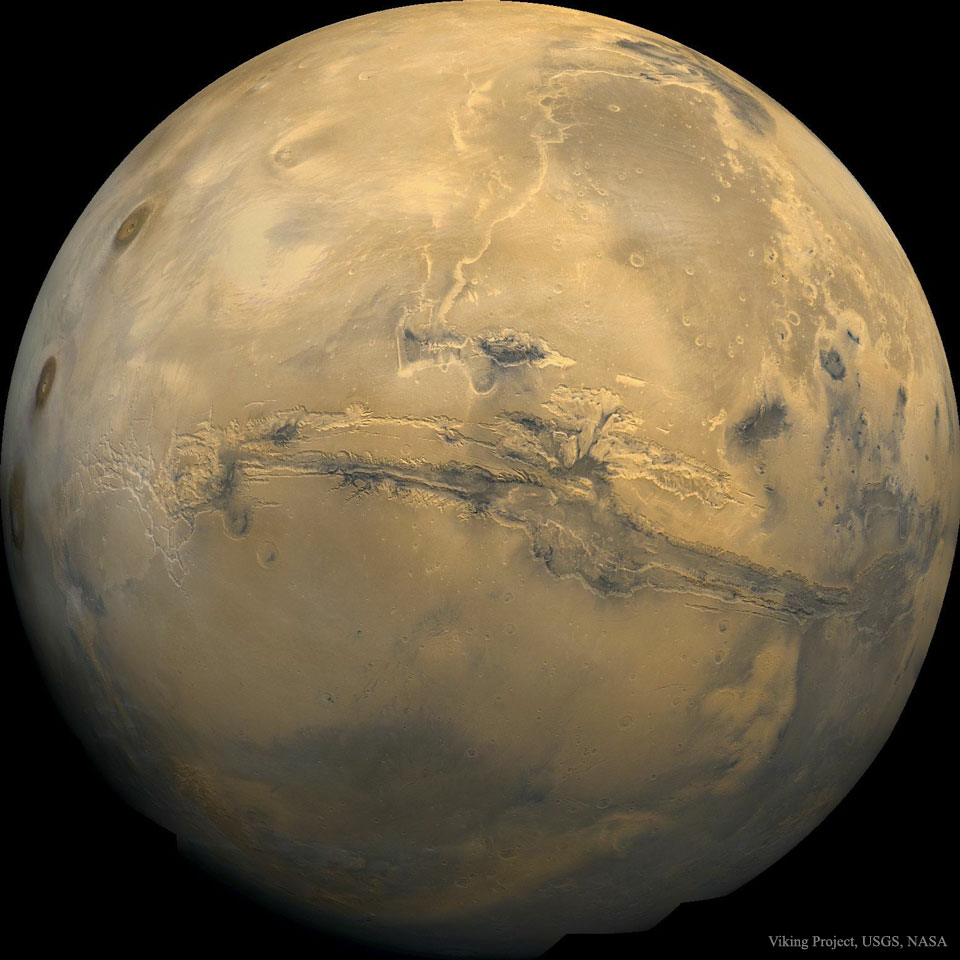 Valles Marineris: The Grand Canyon of Mars  -  Mars will look good in Earth