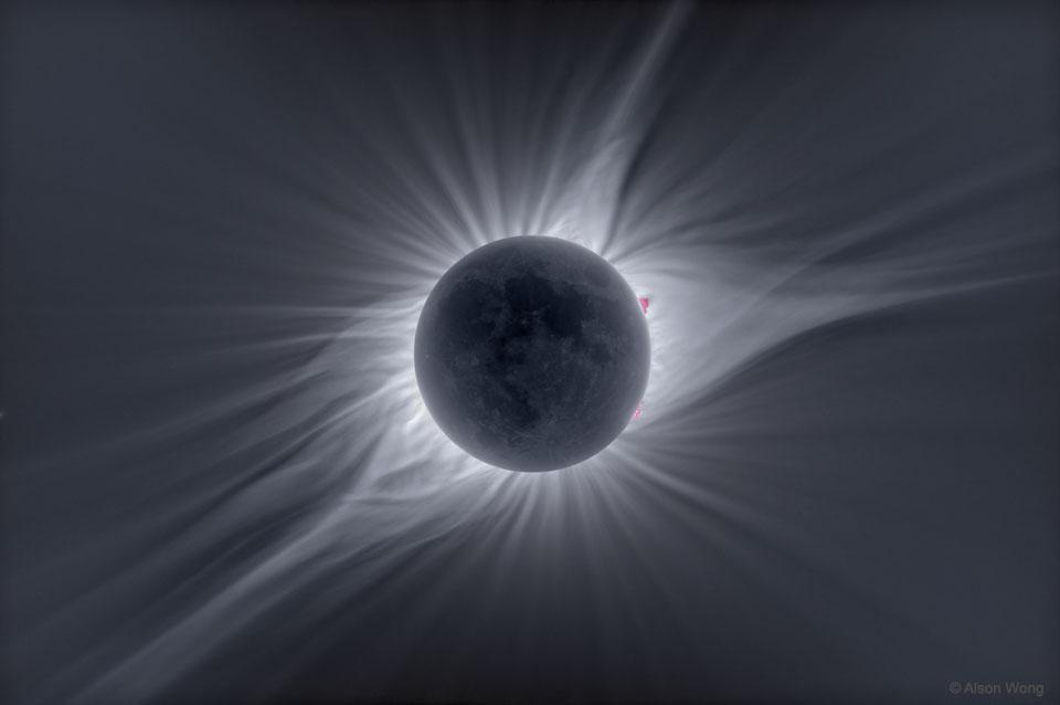 The Big Corona  -  Most photographs don