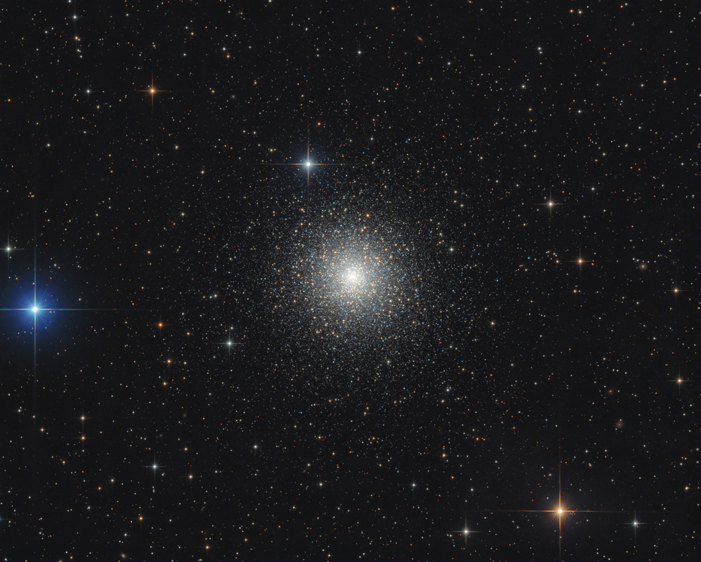 M15: Dense Globular Star Cluster -  M15: Dense Globular Star Cluster